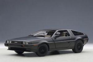【送料無料】模型車 モデルカー スポーツカー マットブラック