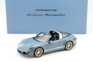 【送料無料】模型車 モデルカー スポーツカー ポルシェタルガショーケーススパークporsche 911 991 ii targa 4s aetnablau mit vitrine 118 spark