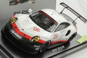 【送料無料】模型車 モデルカー スポーツカー ポルシェスポーツスパークショーケースディーラー118 porsche 911 991 rsr gt werkssport 2017 mit vitrine spark dealer neu