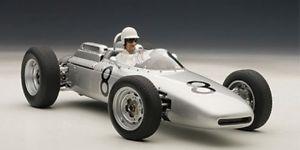 【送料無料】模型車 モデルカー スポーツカー ポルシェフォーミュラ#チョニュルブルクリンクautoart porsche 804 formel 1 8 jo bonnier nrburgring 1962 limitiert 11000 mit
