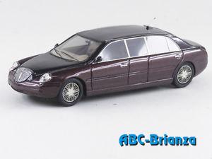 【送料無料】模型車 モデルカー スポーツカー ランチアセダンabc 161g lancia thesis limousine ginevra 2004