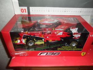【送料無料】模型車 モデルカー スポーツカー フェラーリマッサホットconversione  ferrari f138 118 f1 hot weels gp massa 2013