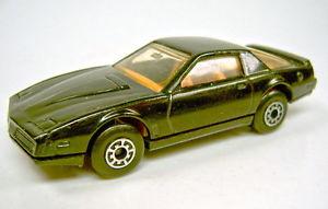 【送料無料】模型車 モデルカー スポーツカー マッチポンティアックmatchbox 175 sf51e pontiac firebird prepro komplett in schwarz