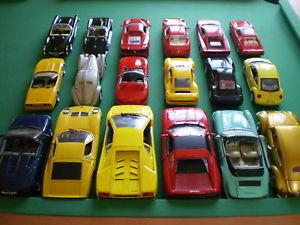 【送料無料】模型車 モデルカー スポーツカー ロットlot 18 voitures miniatures burago anson maisto majorette 118 124 125
