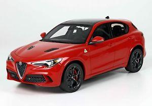 【送料無料】模型車 モデルカー スポーツカー ロッソコンペティツィオーネアルファロメオalfa romeo stelvio rosso competizione 118 bbrc1830a bbr