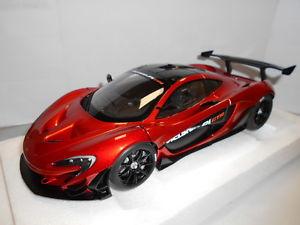 【送料無料】模型車 モデルカー スポーツカー マクラーレンaa81545 by autoart mclaren p1 gtr 118