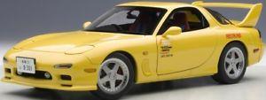 【送料無料】模型車 モデルカー スポーツカー マツダアニメーションautoart 75966 118 mazda efini rx7 fdfd3s animation film initial d