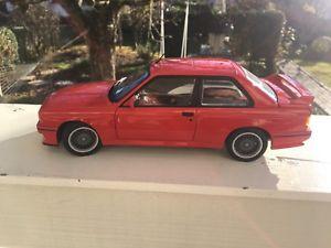 【送料無料】模型車 モデルカー スポーツカー スポーツエボリューションレッドbmw m3 sport evolution rot 1990 autoart 118 ovp
