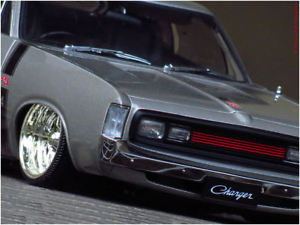 【送料無料】模型車 モデルカー スポーツカー チューニングクライスラーチャージャーシルバー118 tuning autoart chrysler charger rt hemi 265 silber inkl ovp