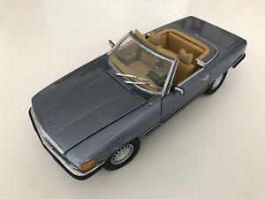 【送料無料】模型車 モデルカー スポーツカー メルセデスベンツcmc 118 mercedesbenz 450 sl 19731980 m024a