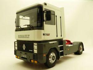 【送料無料】模型車 モデルカー スポーツカー ルノーマグナムブランスルcamion renault magnum ae500 blanc 118 tracteur ae seul
