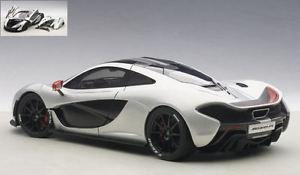 【送料無料】模型車 モデルカー スポーツカー マクラーレンシルバーブラックモデル