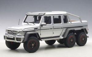 【送料無料】模型車 モデルカー スポーツカー メルセデス×シルバーモデルカーmercedes g 63 amg 6x6 2013 silber, modellauto 118 autoart