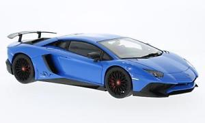 【送料無料】模型車 モデルカー スポーツカー ランボルギーニlamborghini aventador lp7504 sv, blau, 118, autoart