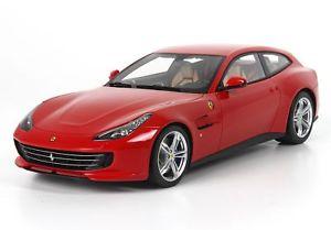 【送料無料】模型車 モデルカー スポーツカー フェラーリルッソロッソコルサferrari gtc4 lusso rosso corsa 322 118 p18129c bbr