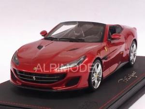 【送料無料】模型車 モデルカー スポーツカー フェラーリロッソポルトフィーノポルトフィーノferrari portofino 2017 rosso portofino with display 118 bbr p18155a