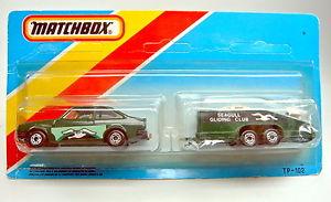【送料無料】模型車 モデルカー スポーツカー マッチダークグリーンフォードエスコートグライダートレーラーmatchbox tp102 dunkelgrner ford escort amp; glider trailer extrem rare farbe