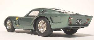 【送料無料】模型車 モデルカー スポーツカー フェラーリモデルガレージグアテマラmg model garage38 ferrari 250 gt drogo 2735gt road car vert metal 118