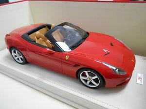 【送料無料】模型車 モデルカー スポーツカー フェラーリカリフォルニアオープントップコンmrfe013a by ferrari california t open top cabrio con vetrina 118