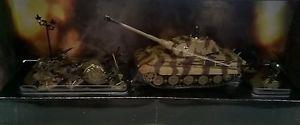 【送料無料】模型車 モデルカー スポーツカー ドイツキングタイガーキングタイガーsold out forces of valor 85501 172 german king tiger soldiers set knigs tiger