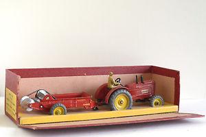 【送料無料】模型車 モデルカー スポーツカー オリジナルマッシーハリスロードrare** dinky toys original tracteur massey harris gb 27ac be bote a