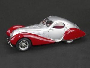 【送料無料】模型車 モデルカー スポーツカー タルボットクーペティアドロップシルバーレッドcmc talbot lago coupe t150 ss teardrop 193739 silverred 118 m165