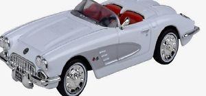 【送料無料】模型車 モデルカー スポーツカー モデルカーコルベットエンジンボックスmodellauto corvette 1958 motor max 143 neu in ovp