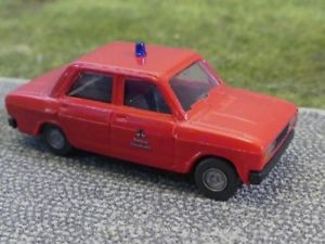 【送料無料】模型車 モデルカー スポーツカー ラダノヴァベルリン187 ses lada nova feuerwehr berlin 13 0000 90