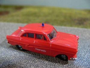 【送料無料】模型車 モデルカー スポーツカー フォード187 brekina ford taunus feuerwehr 0001912