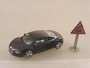 【送料無料】模型車 モデルカー スポーツカー アウディモデルaudi r8 in antrazitmet  herpa modell 187 038249 e