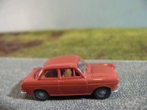 【送料無料】模型車 モデルカー スポーツカー フォルクスワーゲンリムジンライトブラウン187 brekina vw 1500 limousine hellbraun 26009