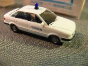 【送料無料】模型車 モデルカー スポーツカー アウディ187 rietze audi 80 technisches hilfswerk thw 50464