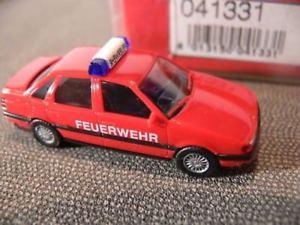 【送料無料】模型車 モデルカー スポーツカー パサート187 herpa 041331 vw passat feuerwehr
