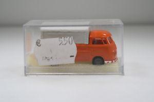 【送料無料】模型車 モデルカー スポーツカー ボックスオンメンテナンスデポトランスポーターvw transporter der straenmeisterei in box brekinahkr 388