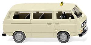 【送料無料】模型車 モデルカー スポーツカー バスタクシーwiking 080014 h0 pkw vw t3 bus taxi