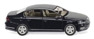【送料無料】模型車 モデルカー スポーツカー フォルクスワーゲンパサートリムジンwiking 008702 187 vw passat b7 limousine neu