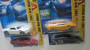 【送料無料】模型車 モデルカー スポーツカー モデル#フォードムスタングイエローブラックホワイトレッドハットロット