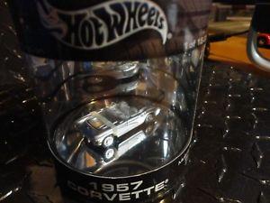 【送料無料】模型車 can モデルカー スポーツカー 1957 ホットホイールオイルシルバーコルベットリアルライダーhot wheels wheels oil can silver 1957 corvette wreal riders, トウヤムラ:2ca116d2 --- ero-shop-kupidon.ru