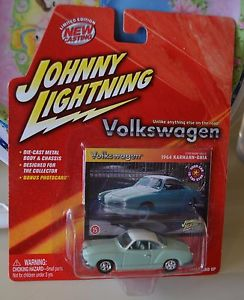 【送料無料】模型車 モデルカー スポーツカー ジョニーカブリオレタイプギアフォルクスワーゲンjohnny lightning 1964 karmann ghia volkswagen green