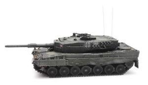 【送料無料】模型車 モデルカー スポーツカー イエローオリーブartitec 6870108 kpz leopard 2a4 bundeswehr gelboliv 187