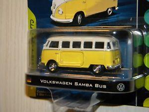 【送料無料】模型車 モデルカー スポーツカー グッズフォルクスワーゲンサンババスエンジンシリーズgreenlight collectibles 2010 motor world volkswagen samba bus classics series