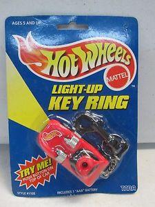 【送料無料】模型車 モデルカー スポーツカー ホットホイールライトキーリングレッド1998 hot wheels light up key ring red