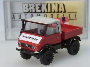 Dutch Unimog 421 /'Branweer/' # 39076 BREKINA HO