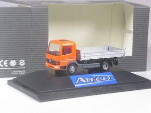 Herpa Mercedes Arocs THW Dreiseitenkipper mit Kran 092562-1//87