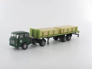 Hruska Permot 78131 Skoda Sattelzugmaschine mit Plattformauflieger THW BERLIN Ma