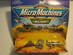 【送料無料】模型車 モデルカー スポーツカー マイクロマシン#ダークmicro machines military 11 dark destroyers army war toy armor vehicles planes