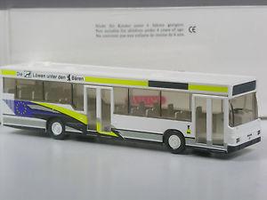 【送料無料】模型車 モデルカー スポーツカー クラスバイキングクマバスモデルライオンklasse wiking man nl 202 stadtbus werbemodell lwen unter den bren in ovp