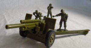 【送料無料】模型車 モデルカー スポーツカー アメリカグリーンバトルグラウンドclassic toy soldiers wwii us 105mm cannon amp; 3 man crew green battleground