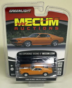`69 Ford Mustang  Resto Mod 1969 *** Greenlight Mecum Auctions 1:64 OVP
