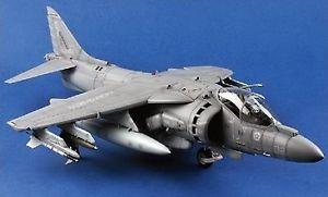 【送料無料】模型車 モデルカー スポーツカー ハリアーモデルメリットモデルav8b harrier ii bomber fighter 118 model merit model